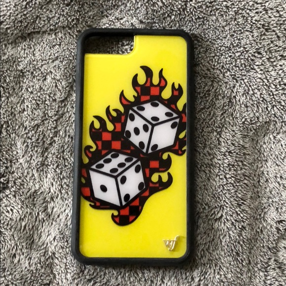 differently 410e0 fc6b6 Tana Mongeau Wildflower case iPhone 6/6s/7/8 plus